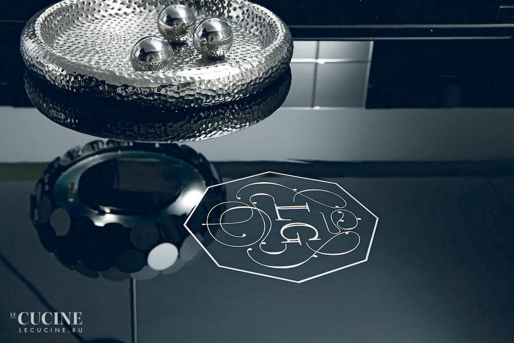 Aster cucine luxury glam   black is back 7