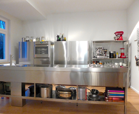 Alpes stainless steel kitchen counter and columns 1