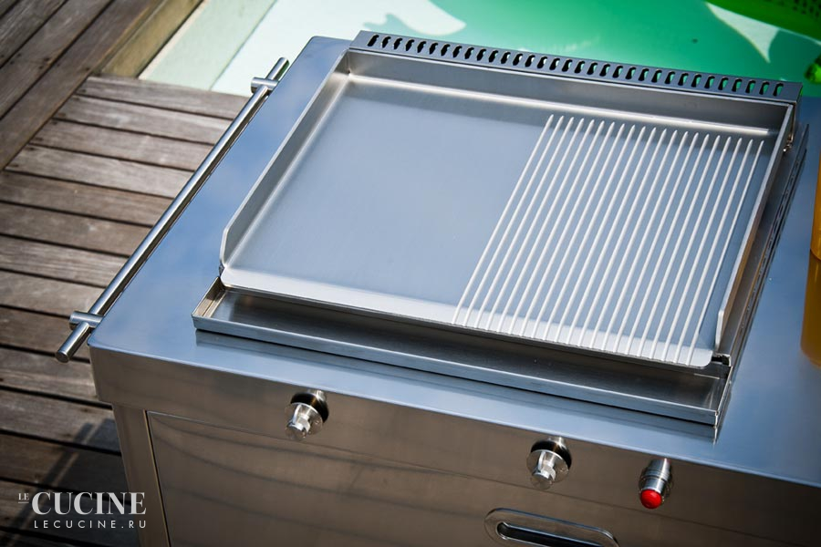 Alpes outdoor kitchen unit 190 swimming pool 2